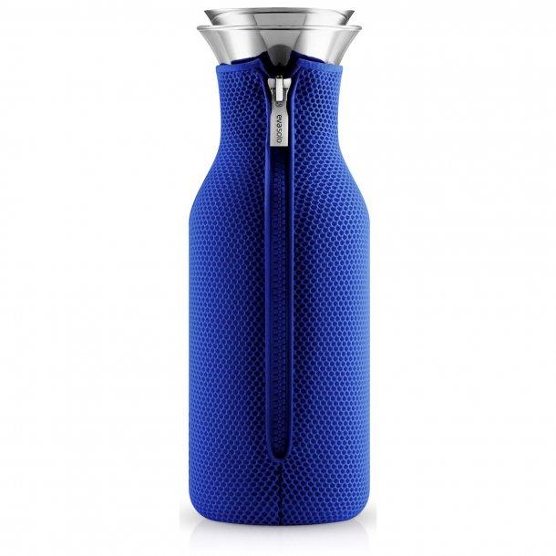 Eva Solo Køleskabskaraffel med vippelåg 3D Electric blue 1,0 l