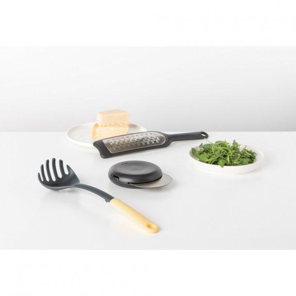 Brabantia Spaghetti Chef Sæt m/ Ske, Rivejern, og Pizzakniv