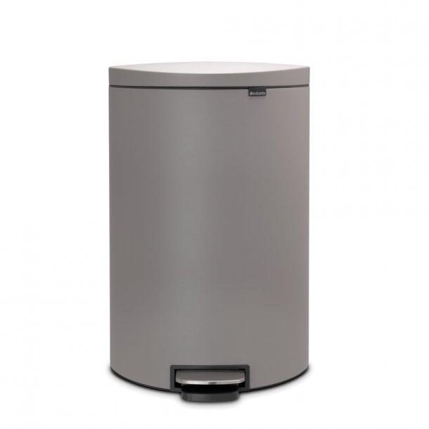 Brabantia Pedal Bin FlatBack+, 40L Mineral Concrete Grey