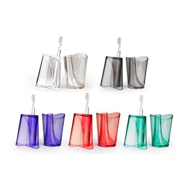 Qualy Toothbrush Mug Flip Cup